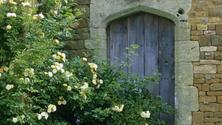 Online Lecture: A Story in Stone, Country Houses of the Cotswolds